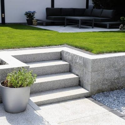 Neat and Tidy Lawn Solid Block Steps