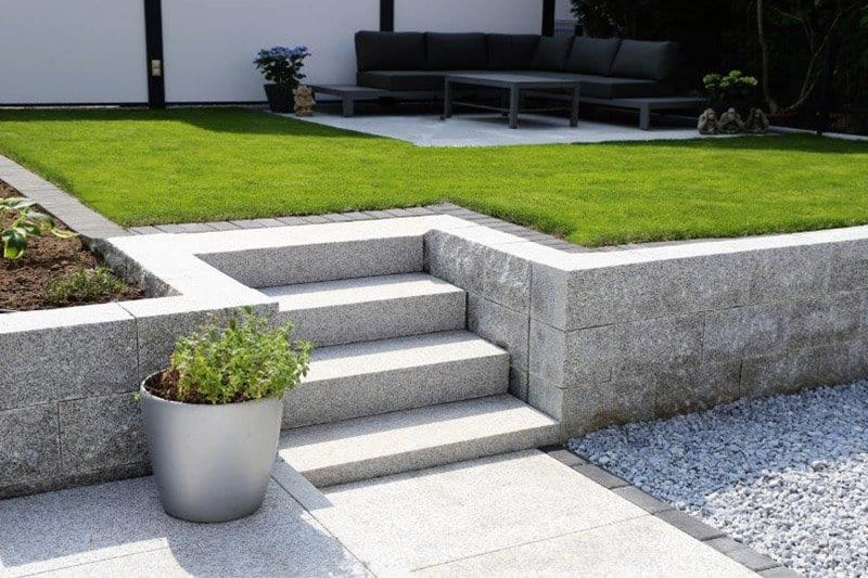 Neat and Tidy Lawn